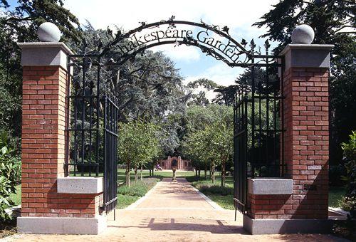 San Francisco 39 S Top 10 Golden Gate Park Shakespeare Garden This Charming English Garden