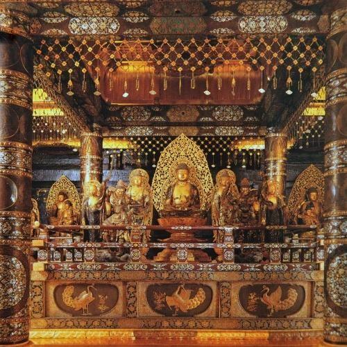 ★中尊寺の仏様 ★金ピカですっ!/Chūson-ji is a Buddhist temple in Hiraizumi, Iwate Prefecture, Japan. #japan #iwate