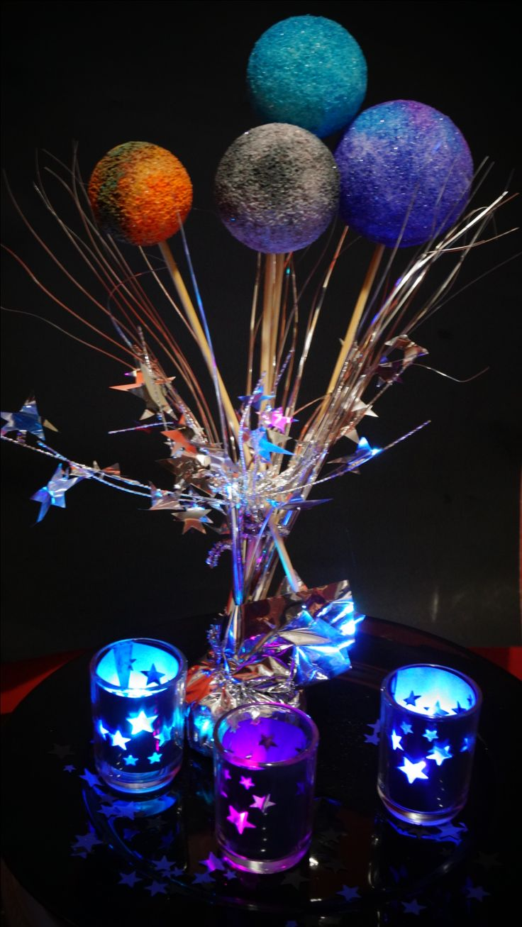 Best 25 star centerpieces ideas on pinterest star party for Decor outer space