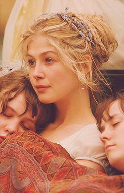 Production stills from the 'Pride & Prejudice' set of Jane Bennet, portrayed by Rosamund Pike
