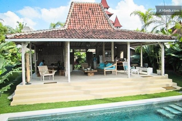 Relaxing 2 BR Ricefield View Villa in North Kuta
