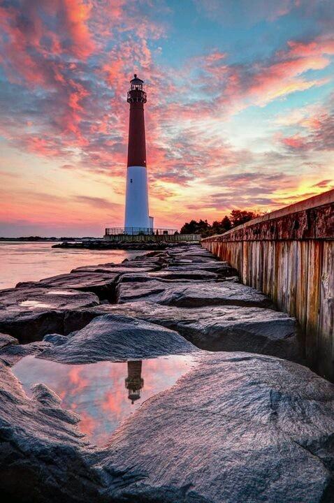 Barneget, Nueva Jersey. Faro al amanecer