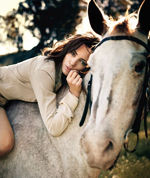 Melissa George and horse in Sunday Telegraph Magazine