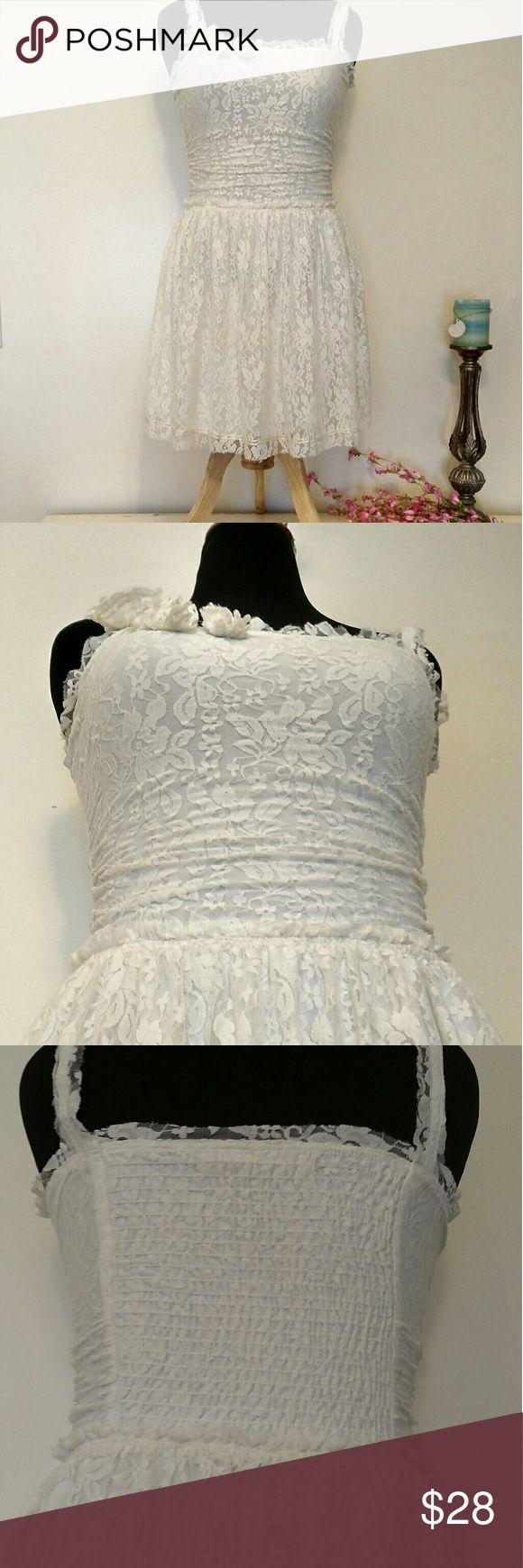 Pretty lace cream summer dress Soo pretty,, cream color lace , cute with flats or boots. Chelsea & Violet Dresses Midi