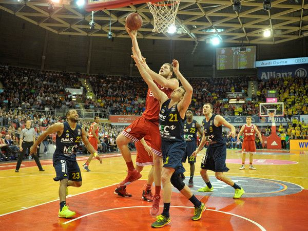 Bayern vs Alba Berlin live streaming eurocup online   Bayern vs Alba Berlin live streaming eurocup online on 3/1/2016  Actually the game had already been decided and no longer endangered the victory of Bayern but midway through the third quarter lost several players nerves. Both Paul Zipser and Alex Renfroe and Dragan Milosavljevic were subsequently disqualified.  The most successful points scorer of the game was Bryce Taylor with 19 points the handed in a strong game and together with the…
