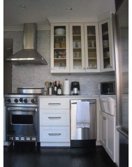 Eclectic Kitchen by Tracery Interiors If you're tight on space and can't live without your dishwasher, try one in an 18-inch apartment size.