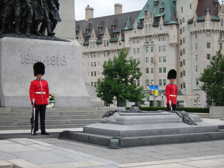 War Memorial, We stand on guard for thee.  Ottawa, ON June 2008 #GILoveOntario