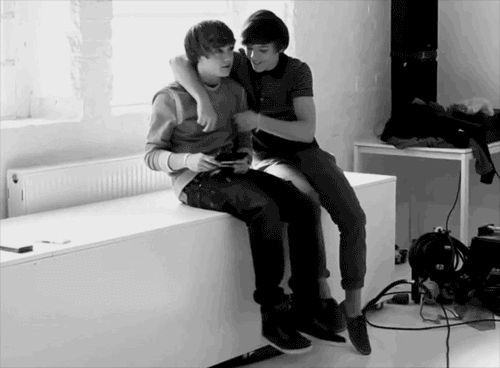 One Direction - Liam Payne & Louis Tomlinson - LiLo greyscale || Awwwww I've never seen this | Best Bromance ever