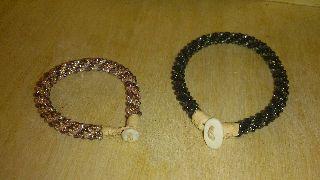 Fina virkade armband http://duodji.blogspot.se/