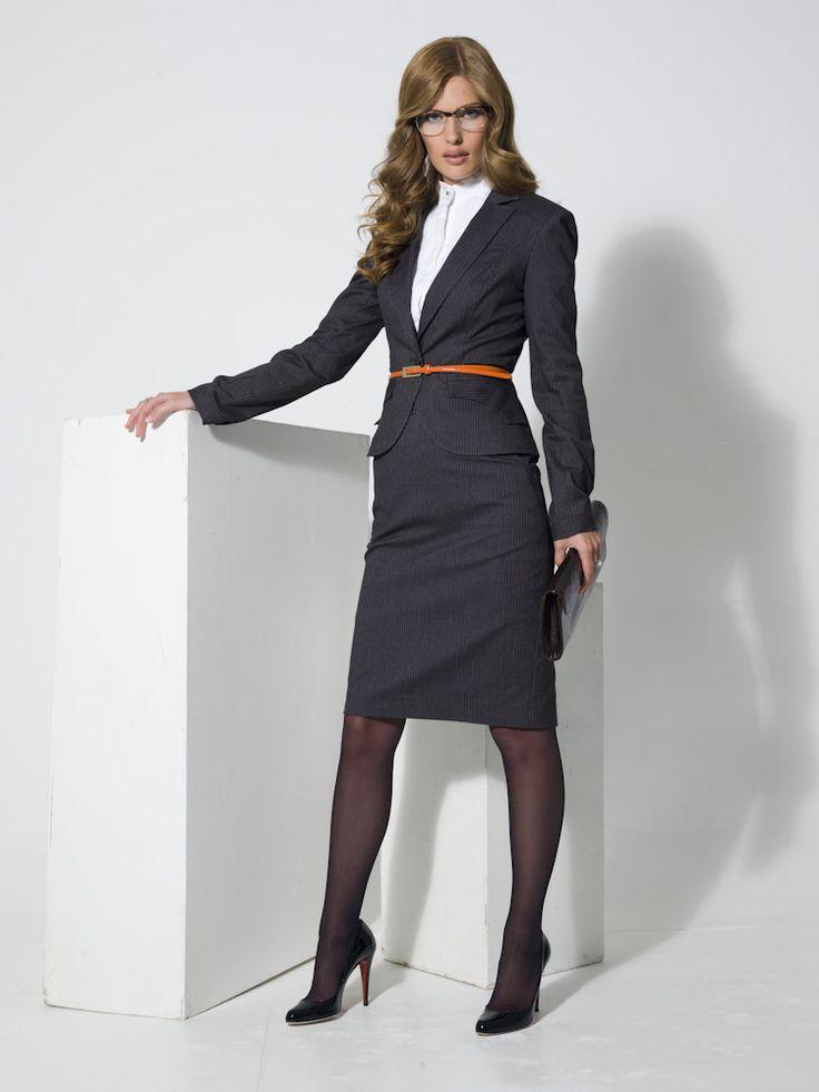 Женский деловой костюм - это прежде всего качество стиля.