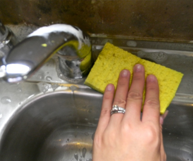 Cleaning a stainless steel sink! Saw this on another pinners board ...