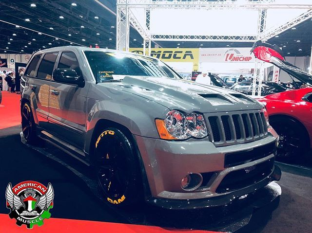 Jeep Cherokee Customshowemirates Hemi Srt Srt8 392hemi