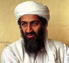 Osama Binladen. Deze man was de leider van de taliban. Hij maakte misbruik van zijn macht door mensen  door middel van geweld dingen te laten verichten