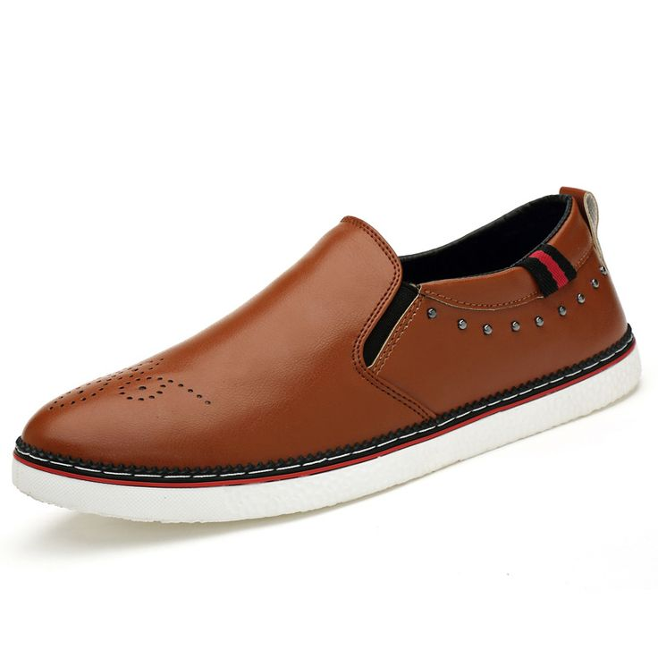 Find More Men's Flats Information about Fashion British Comfort Slip On Brogue Men Shoes Summer Breathable Soft Leather Mens Casual Loafers Flat Driving Shoes,High Quality shoe sale,China shoes mx Suppliers, Cheap shoe dog running shoes from Fashion Boutique Discount Stores on Aliexpress.com