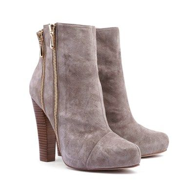 Zip ankle boot from @Overland Footwear  @Westfield New Zealand #statementboots #winter