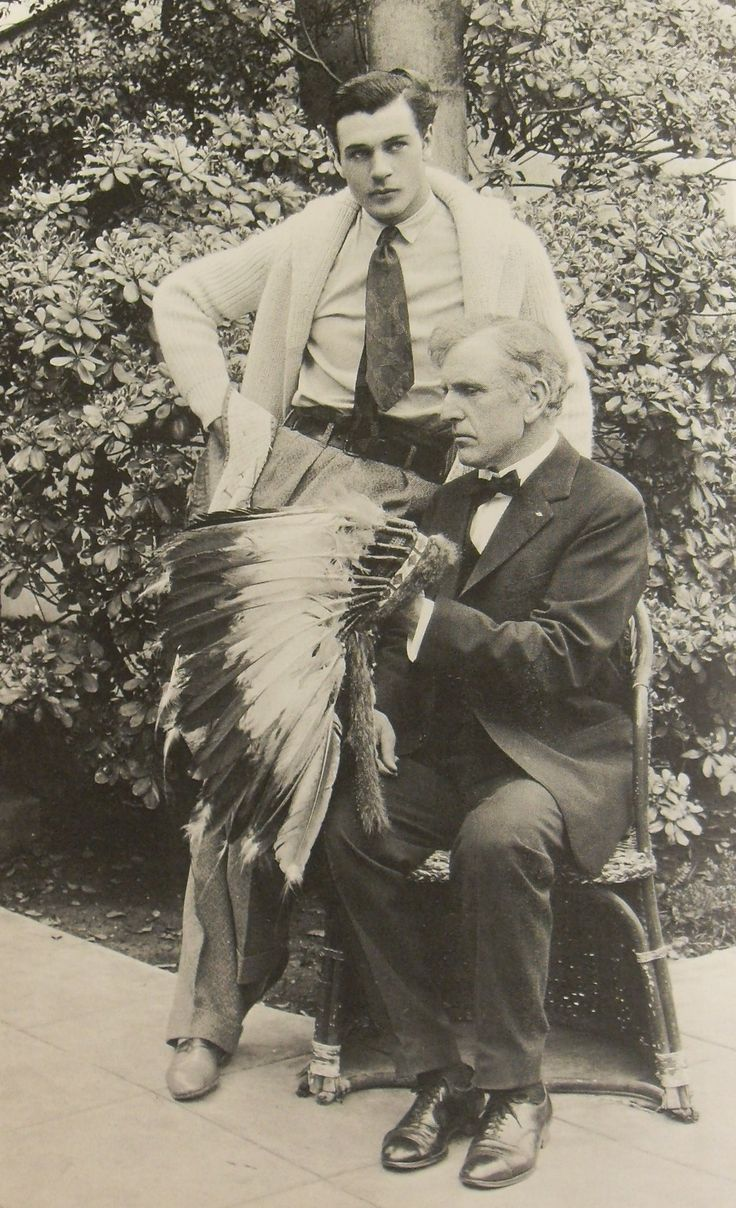 Gary Cooper. With his father, Judge Charles H. Cooper, in 1929. Notice that sweater, that headdress.