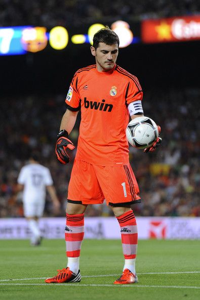 Iker Casillas Photos Photos - Iker Casillas of Real Madrid CF in action during the Super Cup first leg match between FC Barcelona and Real Madrid at Camp Nou on August 23, 2012 in Barcelona, Spain. - Barcelona v Real Madrid - Supercopa