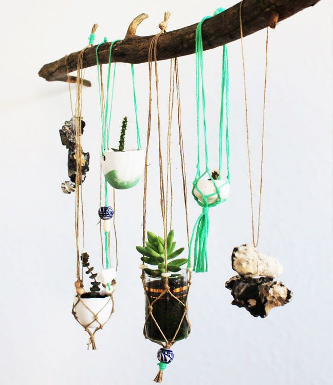Supercraft - Spätsommer Kit 2013 - love love love these mini macrame plant hangers