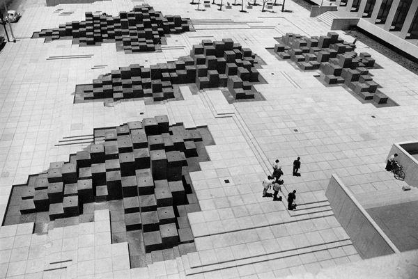 Museo de Arte Moderno recibe exposición de González Gortázar http://caracteres.mx/museo-de-arte-moderno-recibe-exposicion-de-gonzalez-gortazar/