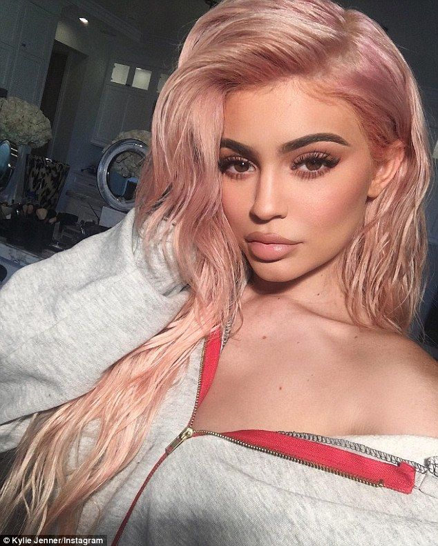 New 'do: Earlier in the day Kylie had debuted her long rose gold extensions on social media