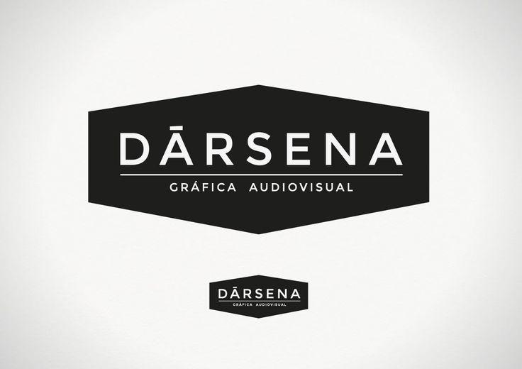 La identidad de Dársena tomo como punto de partida dos premisas/sucesos. La primera vino directamente desde lo edilicio, aquello a primera vista e históricamente, era una Fábrica...