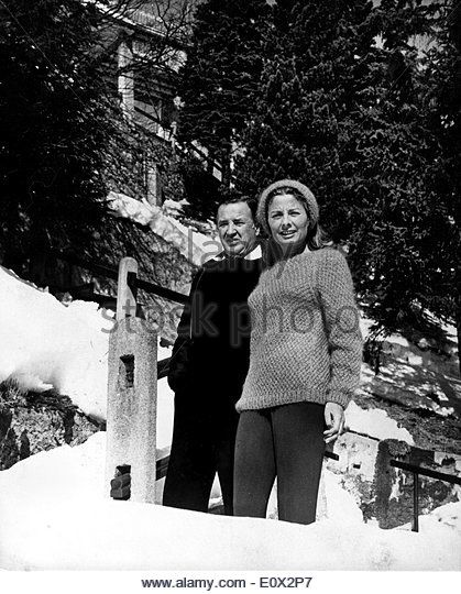 EVGENIA GL St. Moritz honeymoon of President of the Ford Motor Company HENRY FORD II and his new bride the former MRS. CHRISTINA - Stock Image