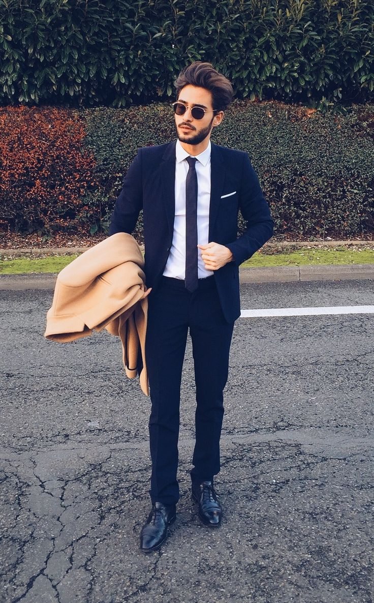Pin by Lookastic on Overcoats | Classy suits, Preppy mens ...
