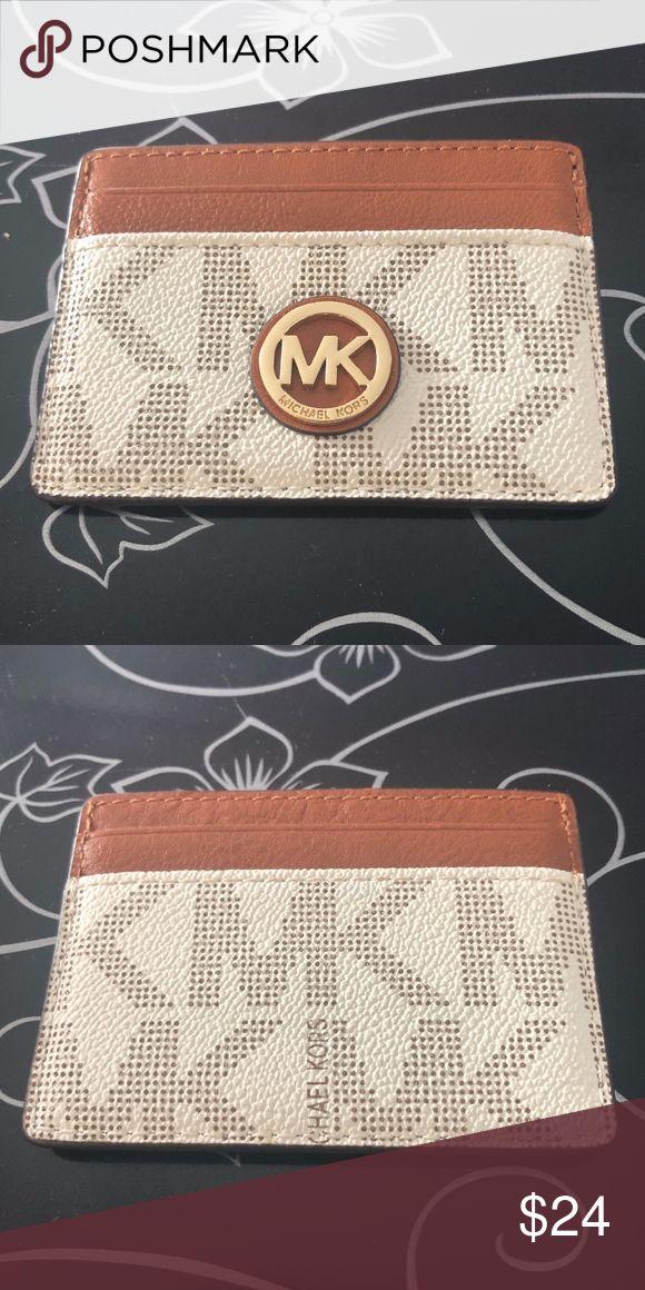 Michael Kors Jet Set Credit Card Holder Gently used credit card holder in great …