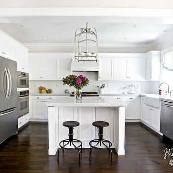 Best 25 small kitchen with island ideas on pinterest for Kitchens with islands in the middle