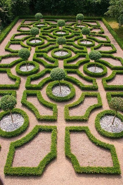 169 best Labyrinths Mazes and Knot Gardens images on Pinterest