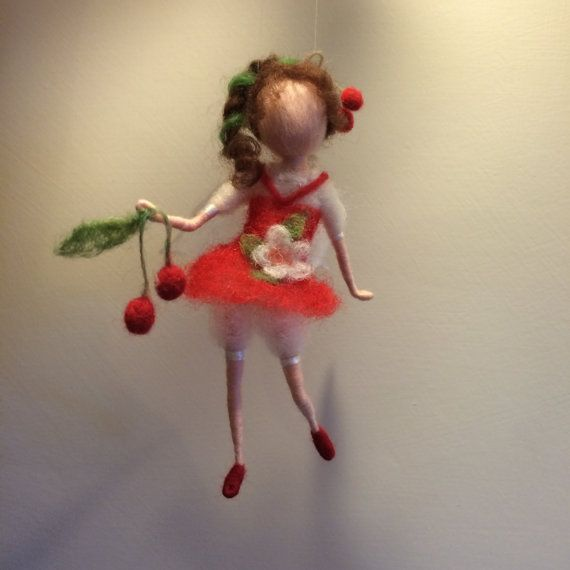 Nadel Filz Fairy Waldorf inspirierte Fairy Red von DreamsLab3