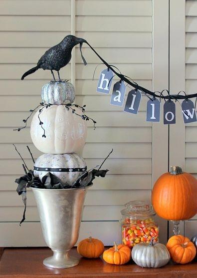 Black & white pumpkin topiaries