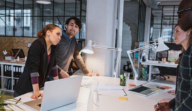▶▶▶ Du leidest unter Rückenschmerzen oder Energielosigkeit?   Noch dazu arbeitest Du in einem Job, wo Du den ganzen Tag über sitzt?   Dann solltest Du Dir unbedingt diesen Artikel durchlesen. Einfach folgenden Link klicken: http://primal-state.de/foerdert-das-arbeiten-an-stehtischen-deine-gesundheit-foerdert/?utm_campaign=coschedule&utm_source=pinterest&utm_medium=Primal&utm_content=3%20Gr%C3%BCnde%2C%20warum%20ein%20Stehtisch%20Deine%20Gesundheit%20verbessern%20kann