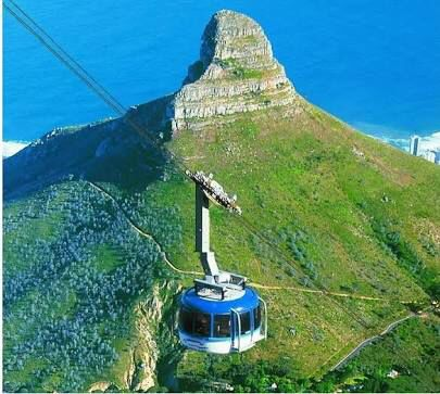 The cable cars going over table mountain