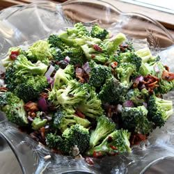 I love brocolli salad! Recipe changes in size automatically by servings. Makes it easy. Great for a party!