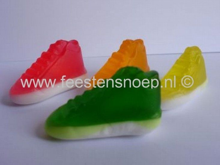 Basketbal schoenen snoepjes (< 1euro)