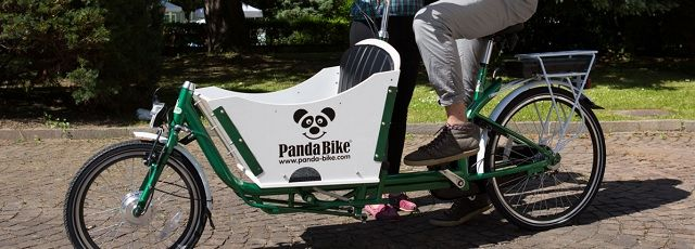 Panda Bike è l'azienda leader in Italia per la vendita di cargo bike elettriche. Le cargo bike permettono di spostare merci e persone dentro la città, liberandoci dall'oppressione dell'automobile e del traffico, e da tutto lo stress e i costi che ne conseguono. #madeinitaly #artigianato #pandabike #bicicletta #bike