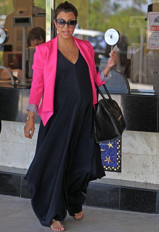 Kate Frances Evelyn Blazer - as seen on Kourtney KardashianLight Pink Blazers, Kourtney Kardashian, Colors Mixed, Kourtney Maternity Style, France Evelyn, Pregnancy Style, The Dresses, Evelyn Blazers, Kate France