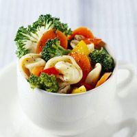 Deli-Style Pasta Salad -- yummy light dinner!!