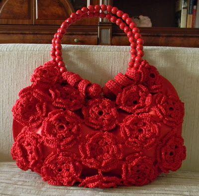 Sidney Artesanato: Uma Rosa duas Rosas...fazem uma bolsa linda