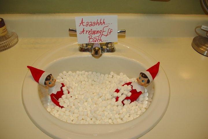 A marshmallow bathMarshmallows Bath, Elf On Shelf, Bubbles Bath, Hot Tubs, Shelf Ideas, Bubble Baths, Christmas Ideas, Elves, Bath Time