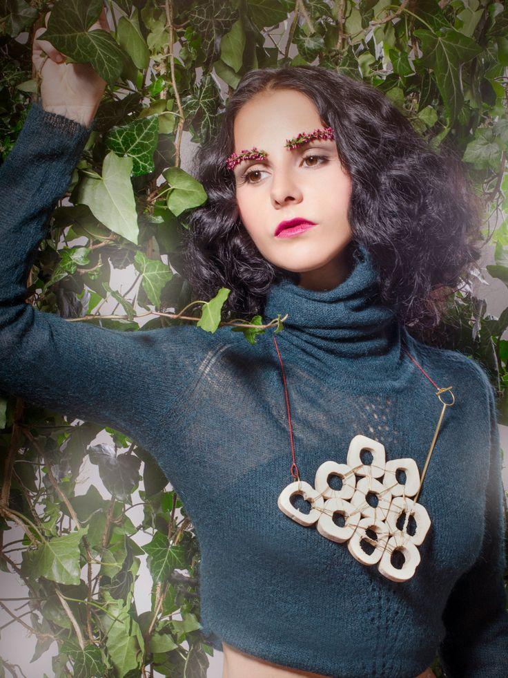 styling, make-up, jewelry, Eva Susanska, eyebrows, bones