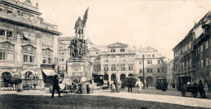 Malostranské náměstí, tenkrát Radeckého