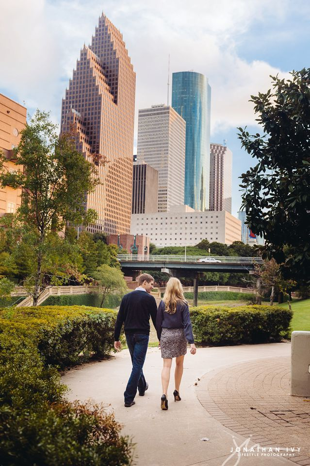 Downtown Houston Engagement,Houston Wedding Photographer,