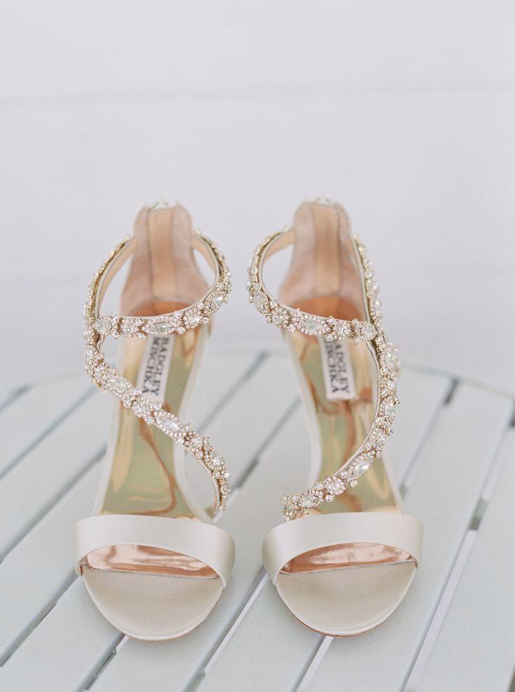 Bride's Shoes: Badgley Mischka - http://www.stylemepretty.com/portfolio/badgley-mischka Photography: Cassidy Carson Photography - cassidycarsonphotography.com   Read More on SMP: http://www.stylemepretty.com/2016/11/11/derby-day-wedding-in-nashville/