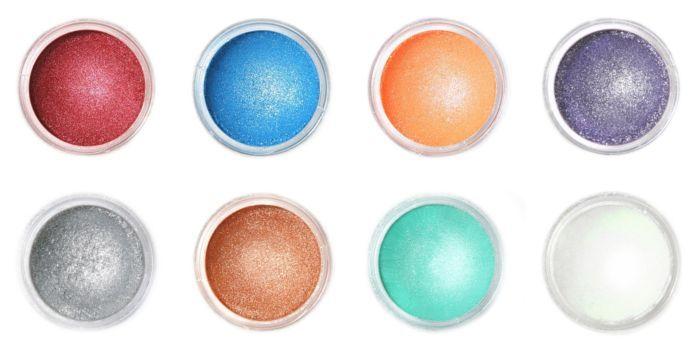 Lüszter festék használata. A felhasználását nézd meg az oldalamon: https://www.sussvelem.com/blog/luszter-festek-hasznalata