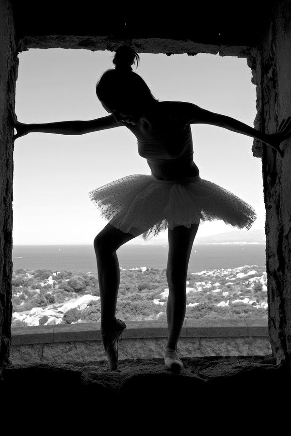Classic dance at the window by BarDaAngelo  on 500px