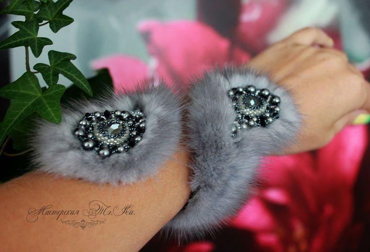 Silver Blue Mink Fur Bracelet with Swarovski Crystal ELEMENTS Exclusive bead embroidered fur snake cuff Bracelet. Fur jewelry bracelet. ET by FeltSilkArtGift on Etsy