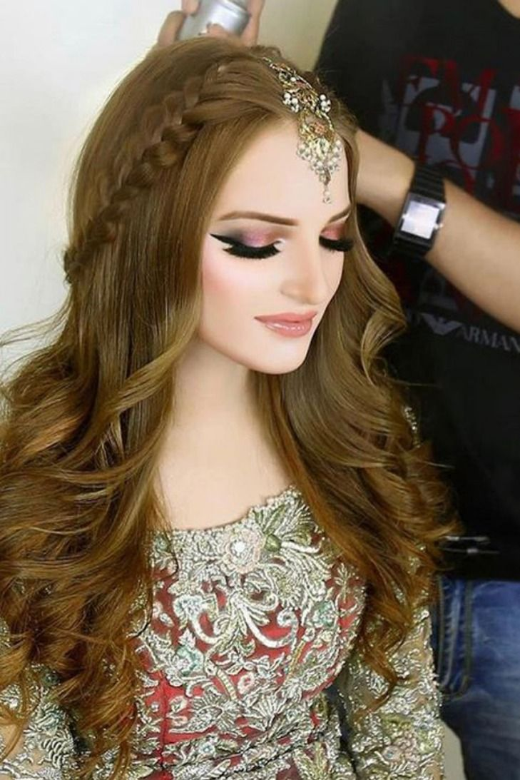 hairstyle with lehenga | open | wedding | simple | receptions | Top 40 Open Hairstyle With ...