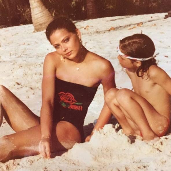 Naike Rivelli da bambina con la mamma Ornella Muti ...
